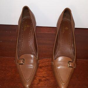 Brooks Brothers ladies chestnut heels size 7.5